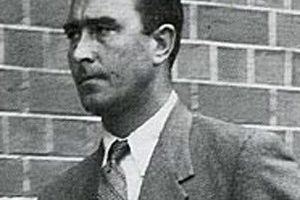 Denis Compton Death Cause and Date